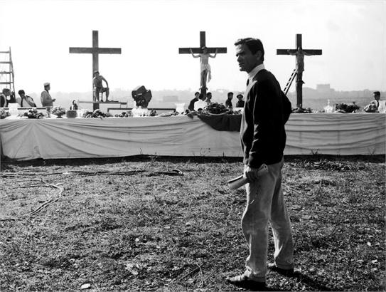Pier Paolo Pasolini sul set del film La Ricotta, 1963