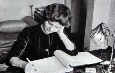 Elsa Morante scrive