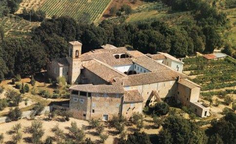 Il convento di San Fortunato e il bosco di lecci