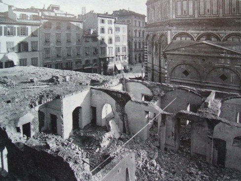 Demolizioni del Vescovado Vecchio, Piazza del Duomo, Firenze