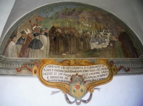 Lunetta XXVIII, Il corpo di Francesco viene portato verso Assisi. Stemma della famiglia Santini