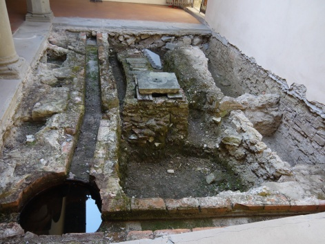 silvestrini-scavi-sitema-canalizzazioni