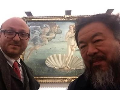 Ai Weiwei e Arturo Galansino agli Uffizi nel dicembre 2015